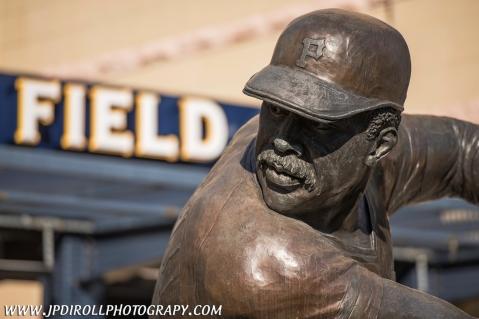 Pittsburgh Pirates Willie Stargell Statue