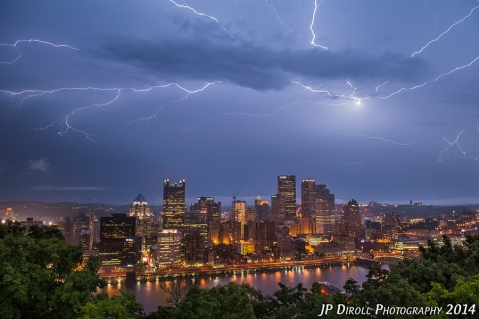 Electic Epicenter Pittsburgh Mount Washington Lightning Bold blog srgb