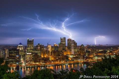 Electric Tree Pittsburgh Mount Washington Lightning Bold blog srgb